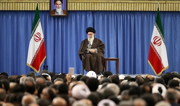 İran'a göre darbenin arkasında ABD var