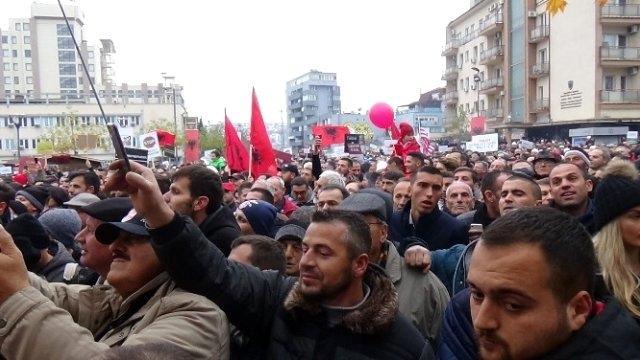 Avrupa Parlamentosu'ndan Kosova aleyhine karar