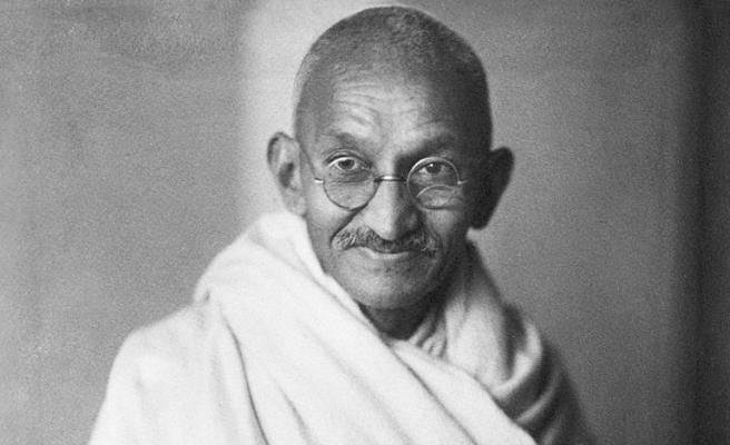 Gandhi 68. ölüm yıldönümünde anıldı