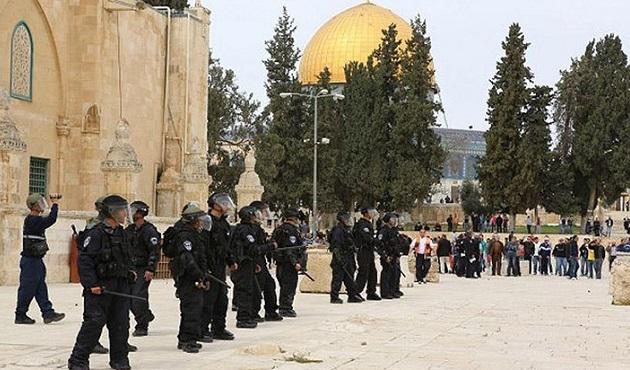 İsrail Mescid-i Aksa hatibini gözaltına aldı