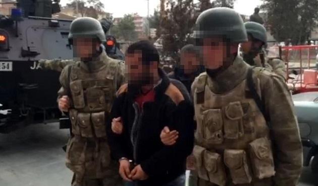Diyarbakır'da tutuklanan bir PKK'lı 'canlı bomba' çıktı
