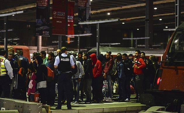 Almanya Afganları yollamak için formül arıyor