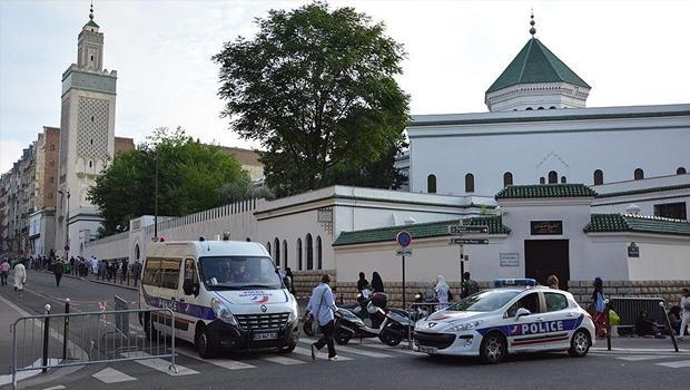 HRW: Fransa, Müslüman azınlığa baskı yapıyor