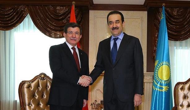 Davutoğlu Kazak mevkidaşıyla görüştü