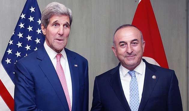 Bakan Çavuşoğlu ile Kerry Suriye'yi konuştu