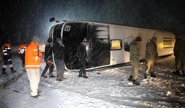 Dört ayrı otobüs kazasında 95 yaralı