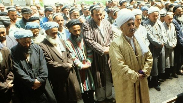 Tacikistan'da din adamı tutuklandı