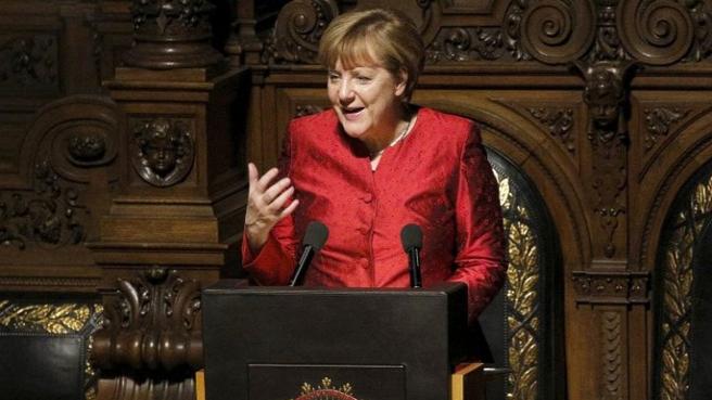 Merkel, AB- Türkiye anlaşmasının çökmesine karşı
