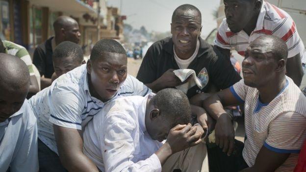 Ugandalı muhalif lidere 'vatan hainliği' tutuklaması