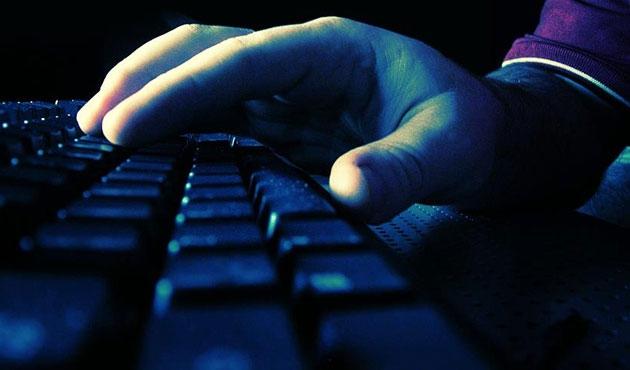 Almanya'da aşırı solcu internet sitesine yasak