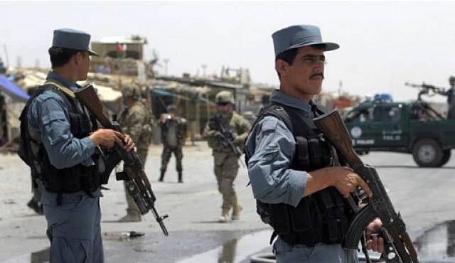 Afganistan'da Taliban 7 polis noktasını ele geçirdi