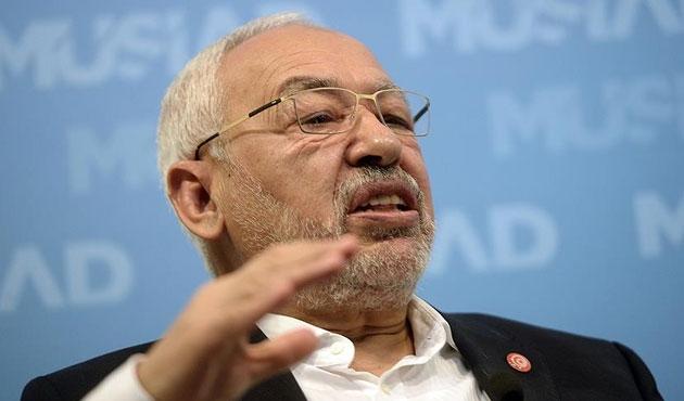 Tunus'ta demokrasiye ekonomi tehdidi