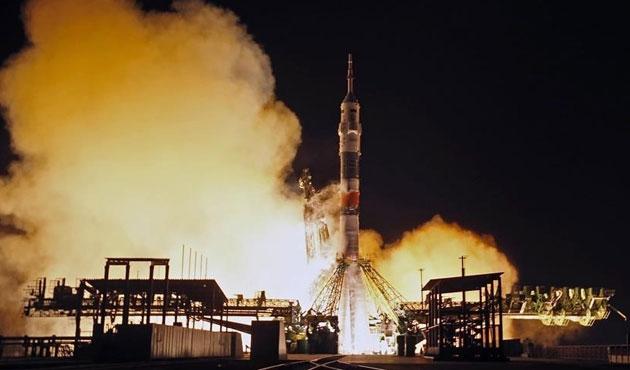 Rusya yeni uzay aracı fırlattı