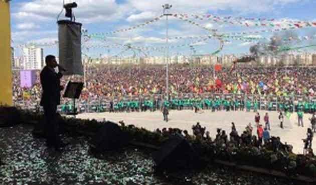 'HDP'nin Nevruzu'ndan Dolmabahçe çıktı!