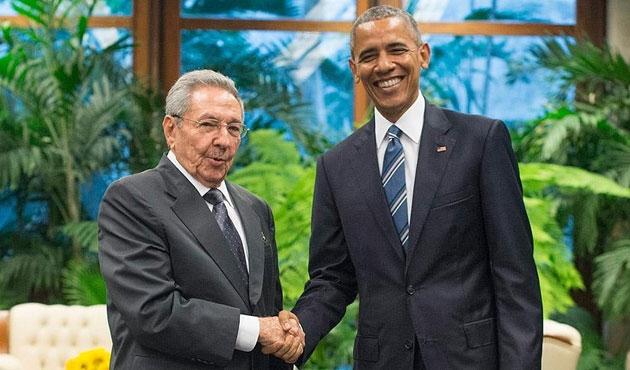Obama ve Castro'dan 'dostluk' mesajı