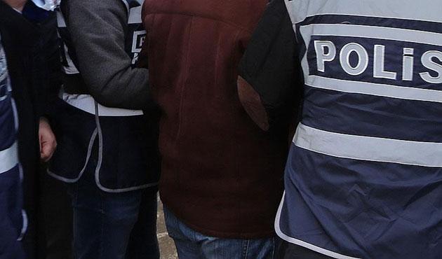 İzmir'de HDP'li yöneticiler tutuklandı