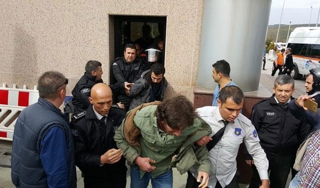 Kocaeli Üniversitesi'nde gerginlik; 16 gözaltı