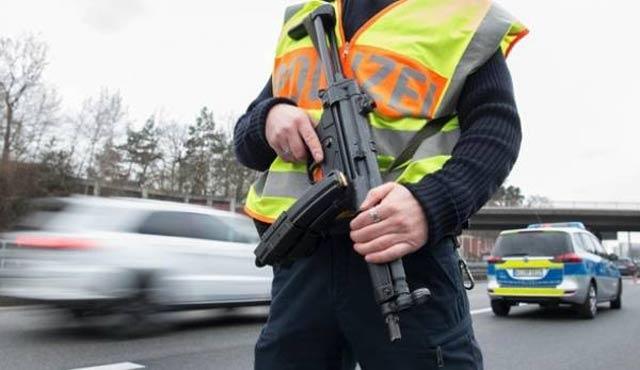 Almanya'da 3 Kosovalı gözaltında