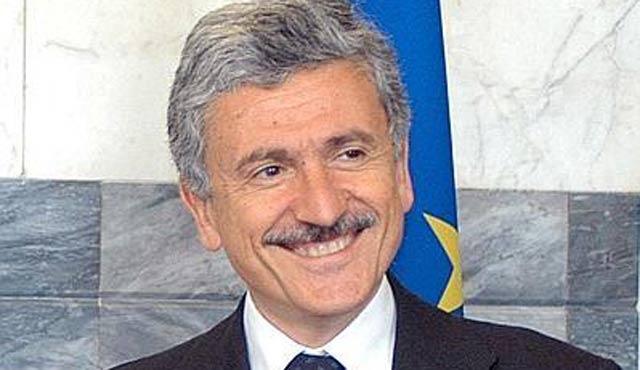 Eski Başbakandan İtalya'daki Müslümanlara cami talebi