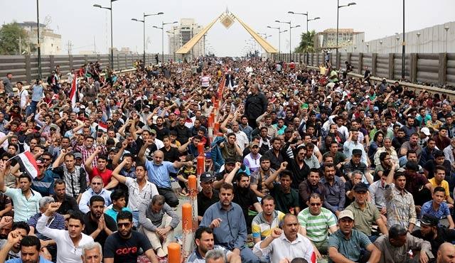 Iraklı lider Sadr'dan 'reform' uyarısı
