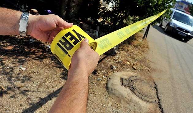 Ticari araç refüjde çalışan işçilere çarptı: 3 ölü
