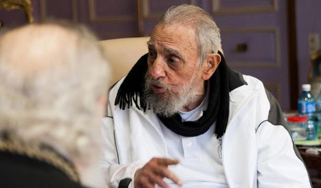 Castro'dan rest; ABD'nin hediyelerine ihtiyacımız yok!