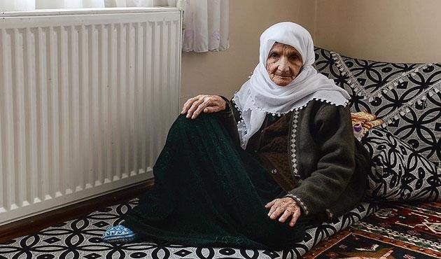 100 yıldır yaşadığı Yüksekova'yı terk etti