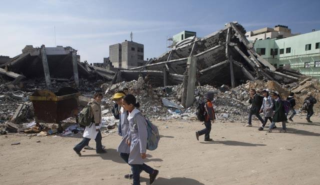 İsrail'in çimento yasağı 4 bin Gazzeli'yi işsiz bırakacak
