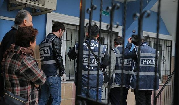İzmir'de 80 adrese 'paralel' operasyon