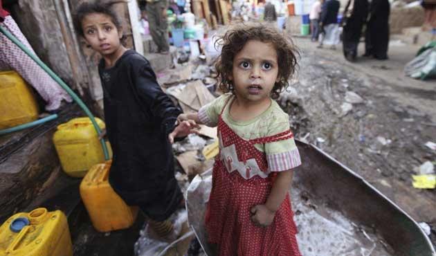 Yemen savaşında 900 çocuk öldürüldü