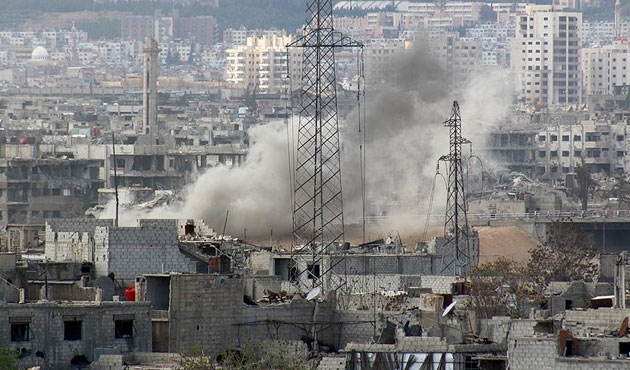 İİT, okul ve hastane bombalayan Esad'ı kınadı
