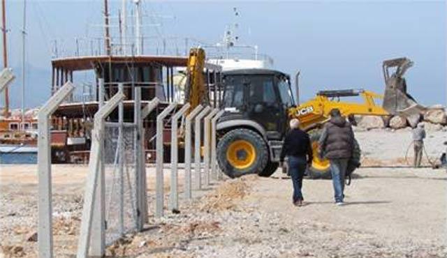 Çeşme, Sakız adasından gelecek mültecilere hazırlanıyor