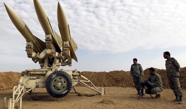İran, Suriye'ye özel kuvvetler gönderiyor