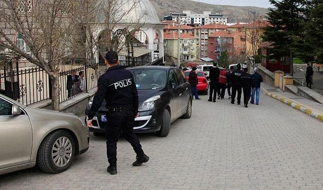 Kırıkkale'de 'paralel' operasyonu; 13 gözaltı