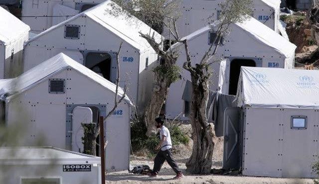 Türkiye'ye göçmen iadesi durduruldu