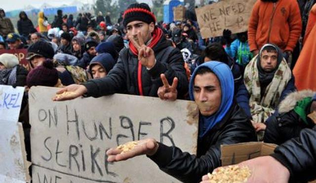 Midilli'deki göçmen kampında açlık grevi