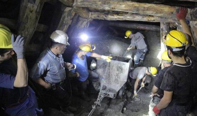 Maden ocağında göçükte bir işçi mahsur