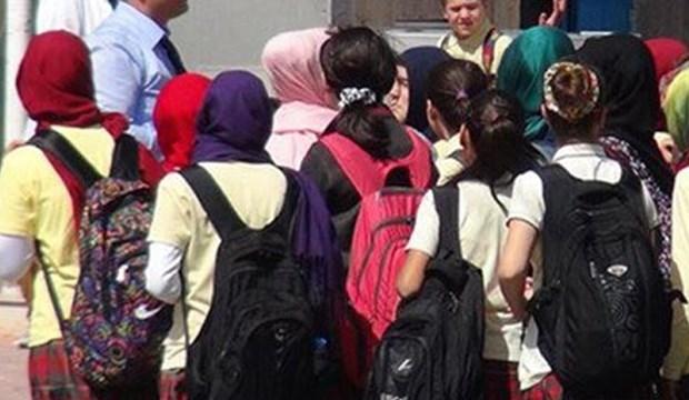 Danıştay'dan ortaöğretimde başörtüsü serbestisine vize