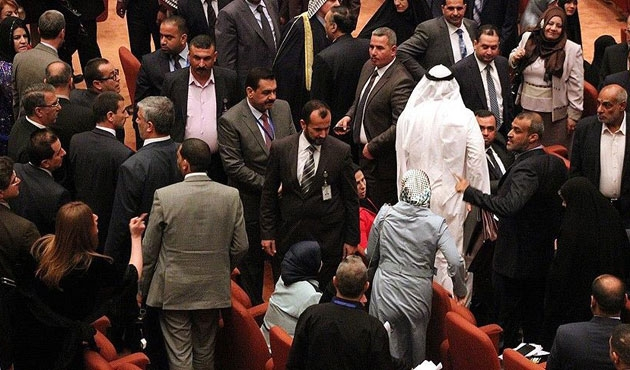 Irak'ta hükümet krizi devam ediyor
