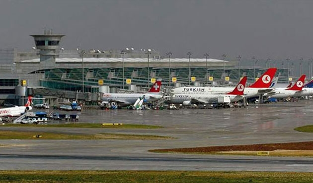 Atatürk Havalimanı'nda sistem arızası