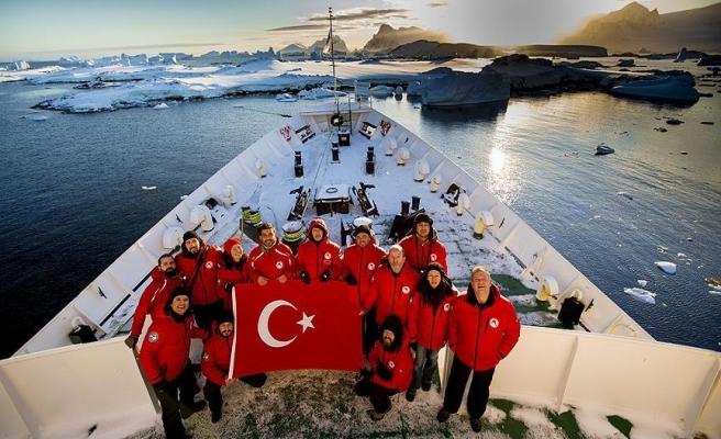 Türk bilim adamları Antarktika'daki çalışmalarını tamamladı
