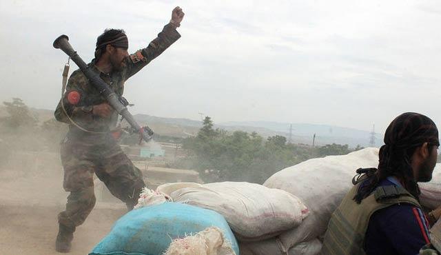 İki günlük bilanço: 40 Afgan askeri 118 Taliban öldü