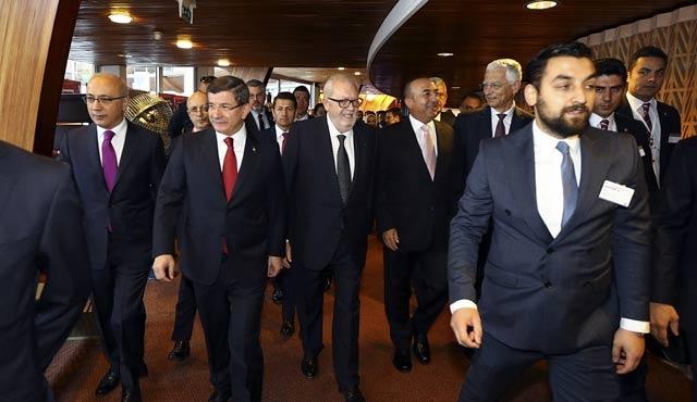 Davutoğlu: Vize muafiyeti şart