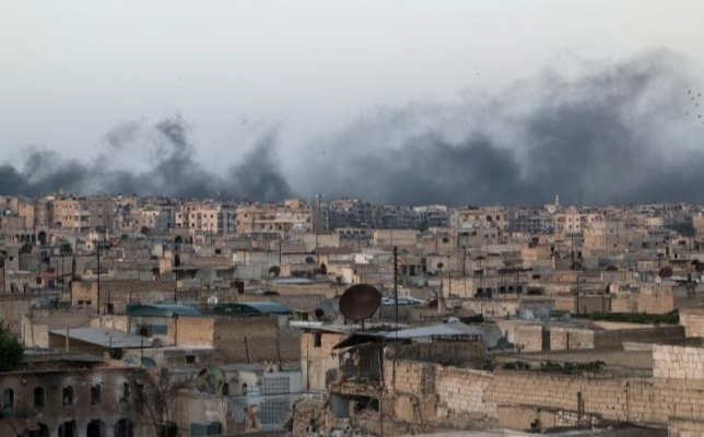 Rus uçakları yine Halep'i bombaladı