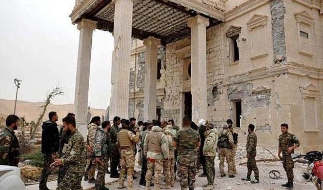 Suriye'de bir ayda 872 sivil öldü
