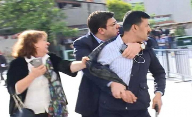 Can Dündar'a saldırıda buluşma trafiği yaşanmış