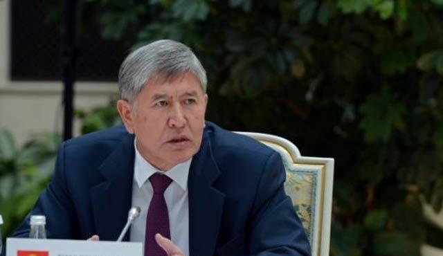 Kırgız lider tedavi için Moskova'ya sevkedildi