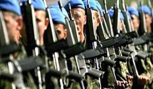 Dövizli askerliğe 2015'te 16 bin başvuru