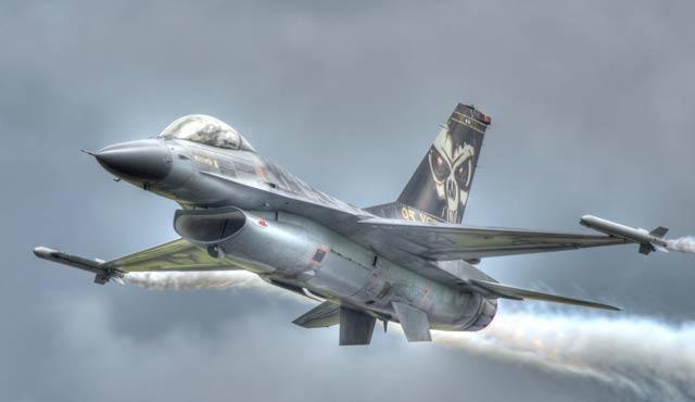 Belçika F-16 uçakları Suriye semalarında