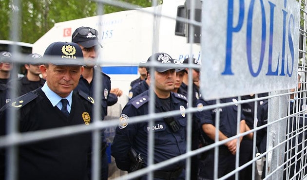 MHP'li muhalifler durduruldu